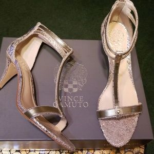 VINCE CAMUTO Gold T Strap Heels, Size 7M